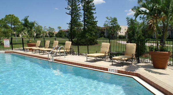 resort-style-pool-with-lounge-chairs